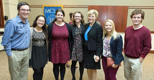Cokie Roberts with students